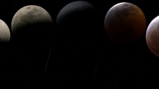 Blood-Moon-Dual-Monitor_2